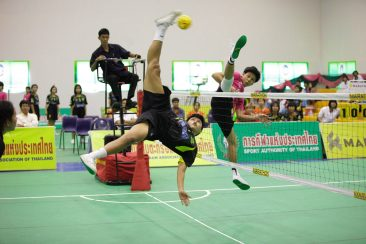 Natkidta Sodamook roll spiking for Ratchaburi