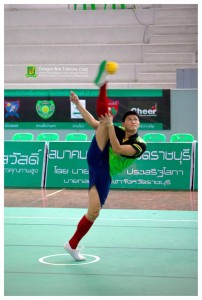 Wirawut serving at a Ratchaburi practice session